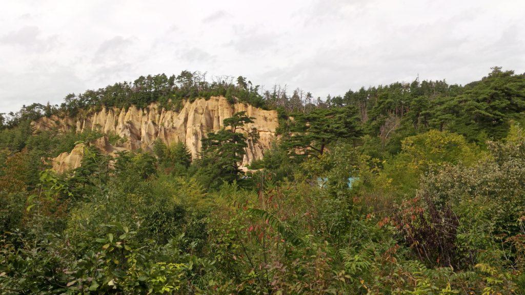 あぜみち山荘から見える絶壁